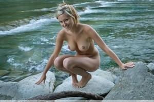 Corinna - Magic Riverp6x23m44p0.jpg