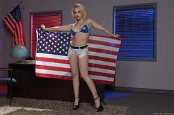 Kagney Linn Karter Deez Tits For President 397