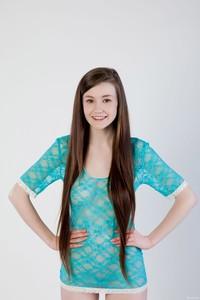 Emily Bloom - Bilyi